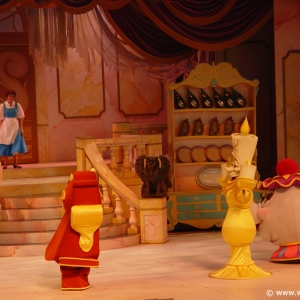 Beauty_and_the_Beast_Stage_Show_07