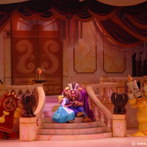Beauty_and_the_Beast_Stage_Show_17