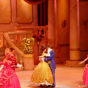 Beauty_and_the_Beast_Stage_Show_23