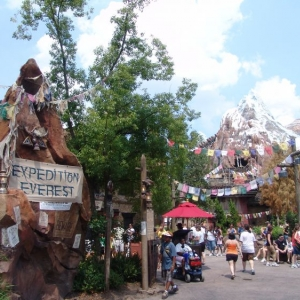 Expedition_Everest_02