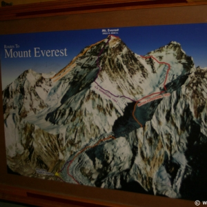 Expedition_Everest_Queue_02