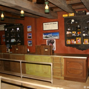 Expedition_Everest_Shop_05