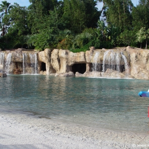 Discovery_Cove_Tropical_Pool_01