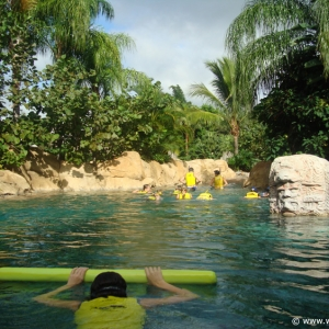 Discovery_Cove_Tropical_Pool_05