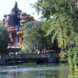 Splash_Mountain_04