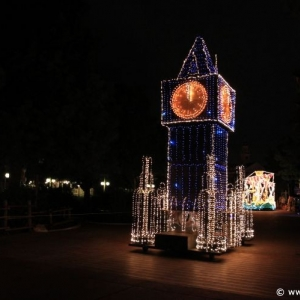 Main-Street-Electrical-Parade-48