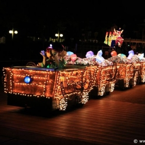 Main-Street-Electrical-Parade-62