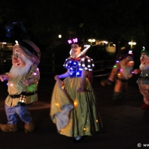 Main-Street-Electrical-Parade-66