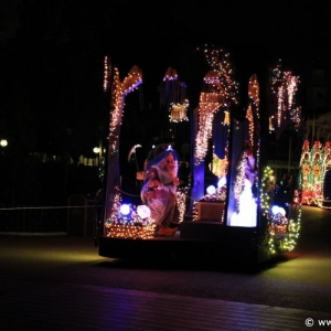 Main-Street-Electrical-Parade-67