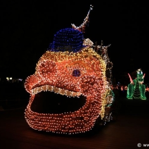 Main-Street-Electrical-Parade-78
