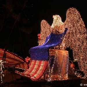 Main-Street-Electrical-Parade-97