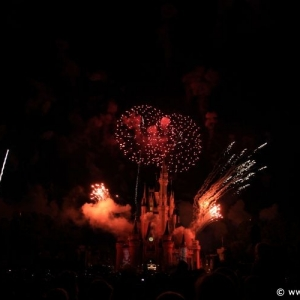 Summer-Nightastic-fireworks-21