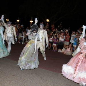 Boo-to-You_Halloween_Parade_23