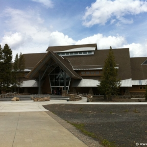 5-Old-Faithful-Visitor-Center-002