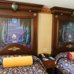 royal-guest-rooms-003