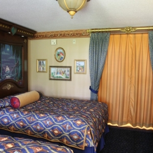royal-guest-rooms-006