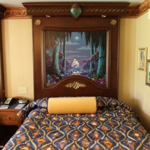 royal-guest-rooms-007