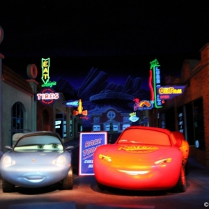 Radiator-Springs-Racers-033