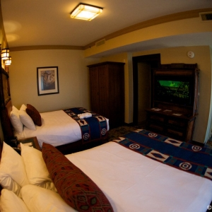 Wilderness-Lodge-deluxe-room-021
