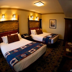 Wilderness-Lodge-deluxe-room-024