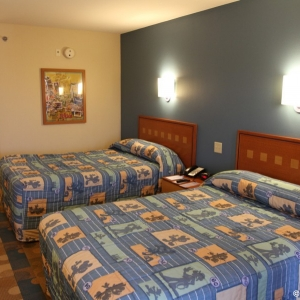 Pop-Century-Resort-Room-010
