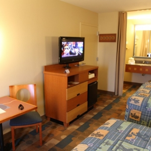 Pop-Century-Resort-Room-011