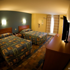 Pop-Century-Resort-Room-003