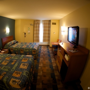 Pop-Century-Resort-Room-004