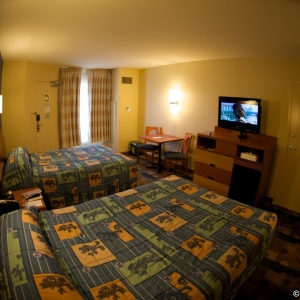 Pop-Century-Resort-Room-005
