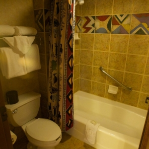 Animal-Kingdom-Lodge-Room-035