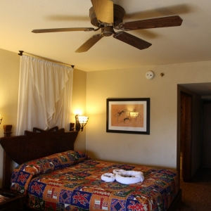 Animal-Kingdom-Lodge-Room-049