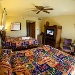 Animal-Kingdom-Lodge-Room-064