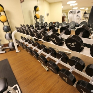 Contemporaty-Resort-Fitness-Center-004