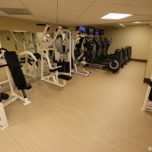 Contemporaty-Resort-Fitness-Center-005
