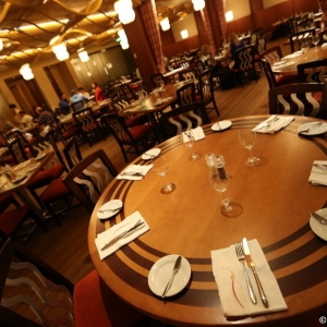 Contemporary-Resort-Restaurants-022