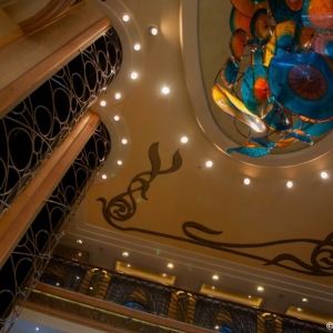 Disney-Wonder-Atrium-005