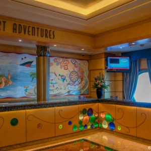 Disney-Wonder-Atrium-006