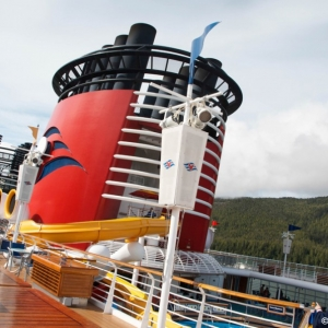 Disney-Wonder-Upper-Decks-001