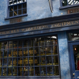WDWINFO-Universal-Diagon-Alley-Harry-Potter-Wisacres-002