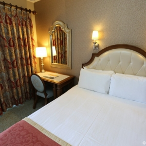 Grand-Floridian-Standard-Room-21