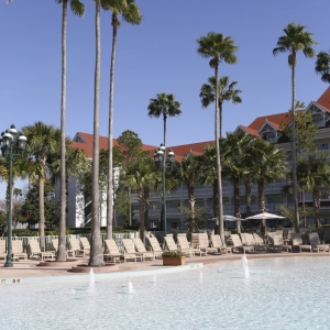 Grand-Floridian-Pools-17