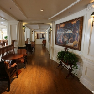 Boardwalk-Lobby-31