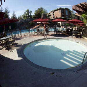 Grand-Californian-Pool-09