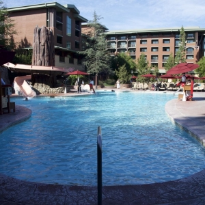 Grand-Californian-Pool-12