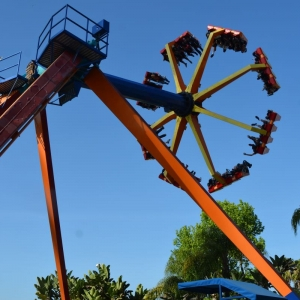Knott's-Berry-Farm-01