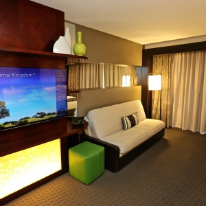 Contemporary-resort-tower-room-18