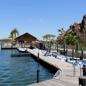 Polynesian-village-resort-12