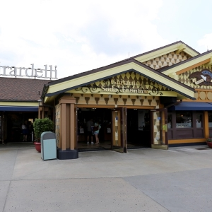 Disney-springs-marketplace-14