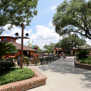 Disney-springs-marketplace-21