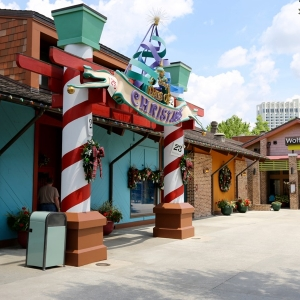 Disney-springs-marketplace-30